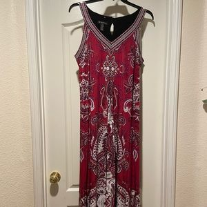 Gorgeous 1X Red black paisley maxi dress
